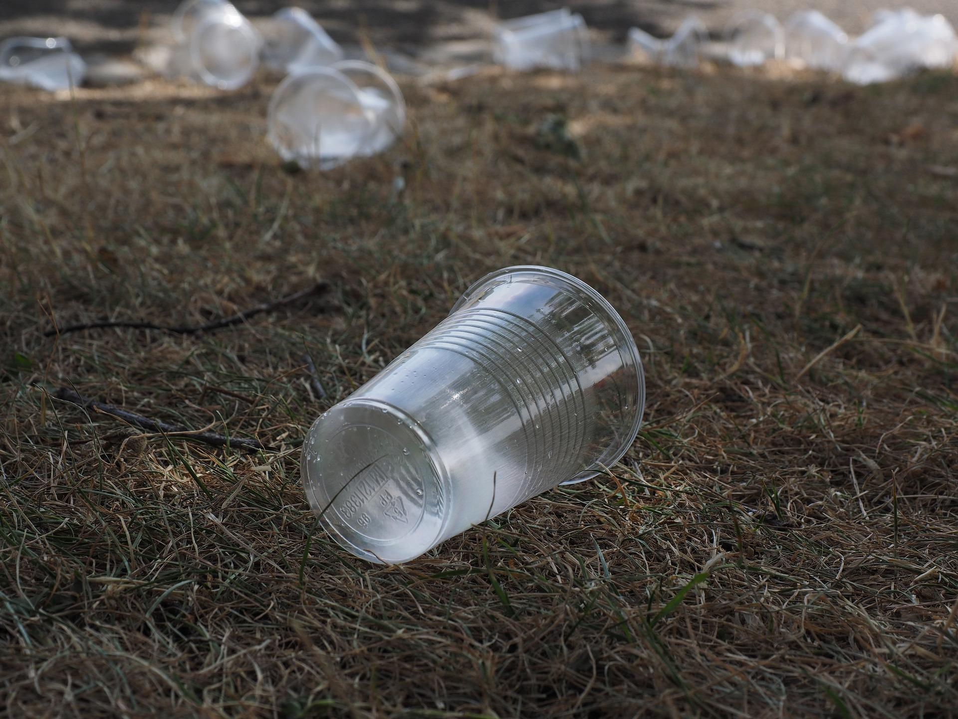 タイ、生分解性プラスチック製品に対する税優遇措置を告示